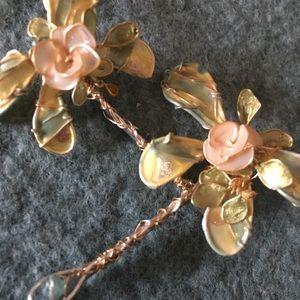 Gorgeous details OOAK hand made dragonflyhair pins
